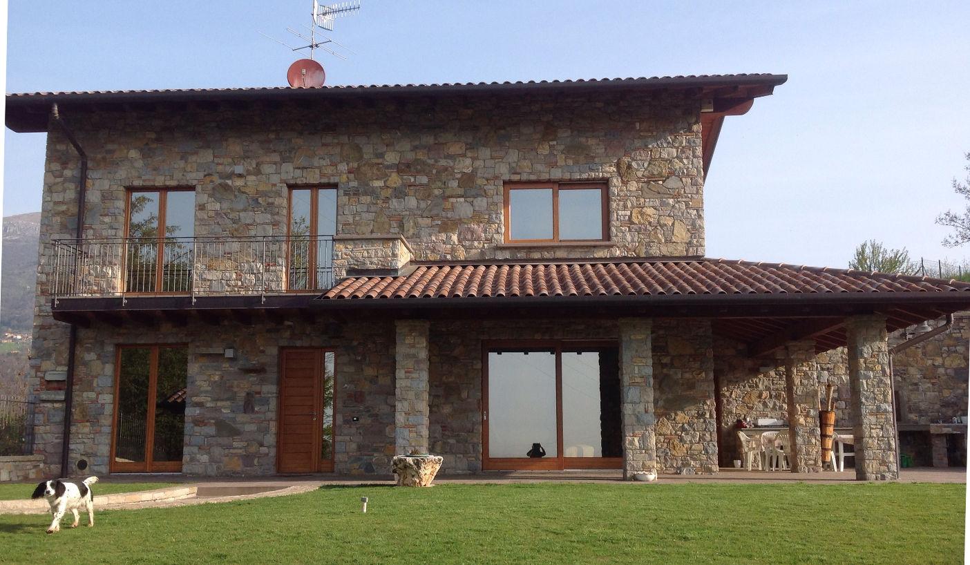 Pietra di credaro lavorazione posa e prezzi da artigiani pietra credaro home - Pietre da esterno per rivestimento ...