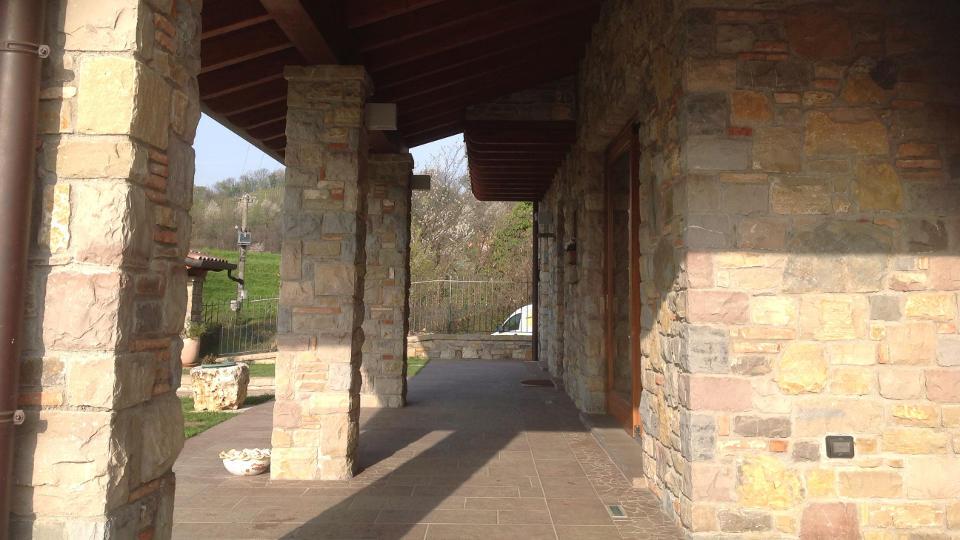 Lavorazione pietra di credaro e pietra di sarnico e for Mattoni e pietra americani